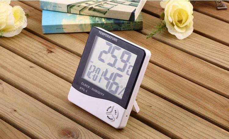 Đồng hồ theo dõi nhiệt độ, độ ẩm trong phòng