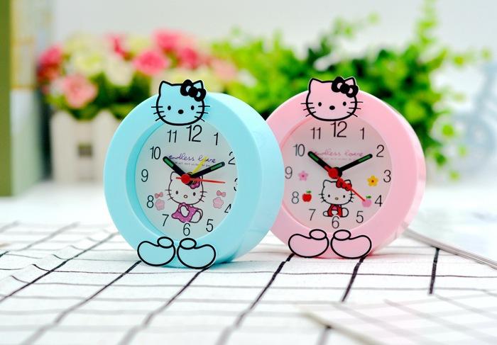 Đồng hồ để bàn Hello Kitty