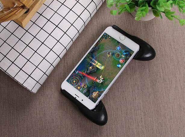 Bộ sản phẩm gồm tay cầm GamePad