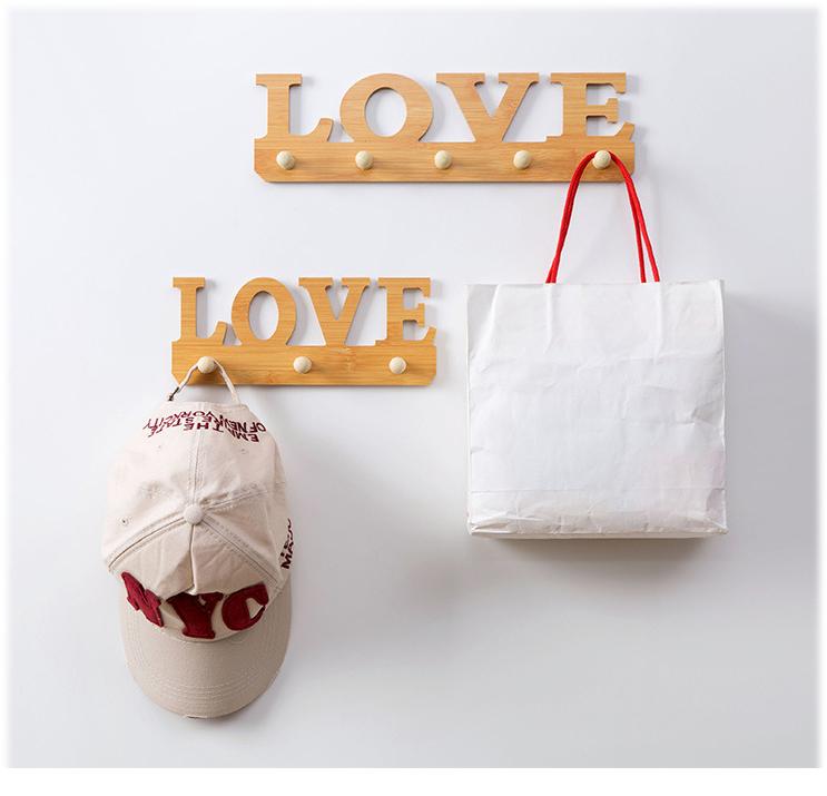 Bộ móc treo sản phẩm hình love